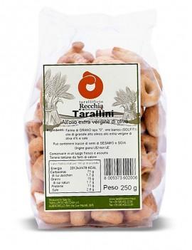 Tarallini with extra-virgin olive oil